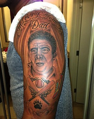 The detailed tattoo that kept Elvis Andrus out of the lineup yesterday.