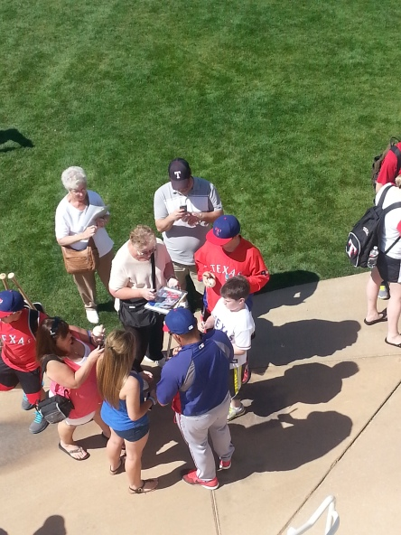 Pudge is still a pretty popular guy with Rangers fans.